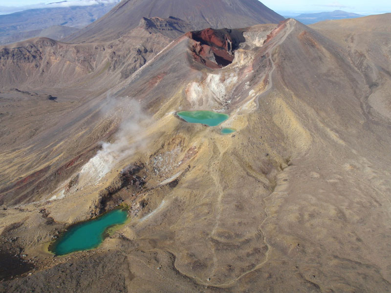 Emerald Lakes and Red Crater.