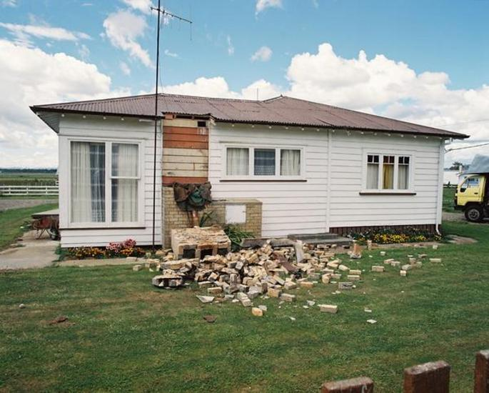 This house on East Bank Road was one of several whose brick chimneys collapsed in the 1987 Edgecumbe earthquake. [GNS Science]