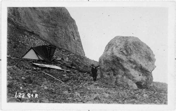 Slip at Bluff Hill caused by the Hawke's Bay earthquake, 1931. [Ashcroft, William James Cronshaw, d. 1981. Ref #: PAColl-6945-16 Part of: Photographs taken after the Hawke's Bay earthquake (PAColl-6945)]